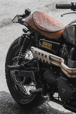 Triumph_Barbour_04